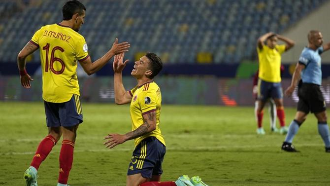 A BOLA – Luis Díaz sent off in Venezuela's heroic draw with Colombia (video) (Copa América)