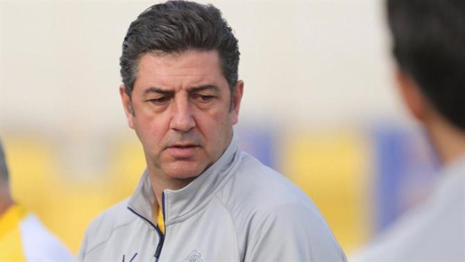 A BOLA - Rui Vitória estreia-se com goleada (5-0) na Taça (Arábia ... a88010607c3c8