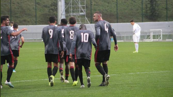 Benfica vinga derrota no Seixal e vence em França - A Bola