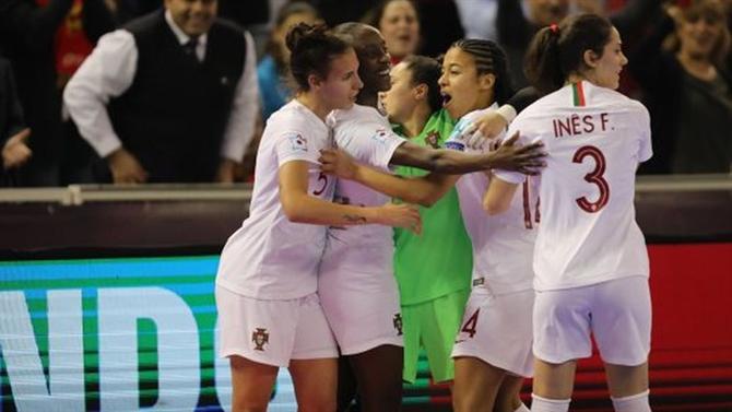 79a55a0ca0 A BOLA - Portugal na final do Europeu para duelo ibérico (Futsal)