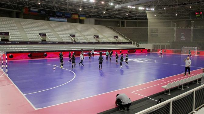 f48733ceaf A BOLA - Europeu de Gondomar transmitido para todo o mundo (Futsal)