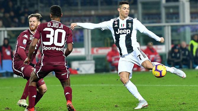 A BOLA - Balotelli lança  farpa  a Ronaldo  «Se tivesse sido eu ... 0ac6bf17c9516
