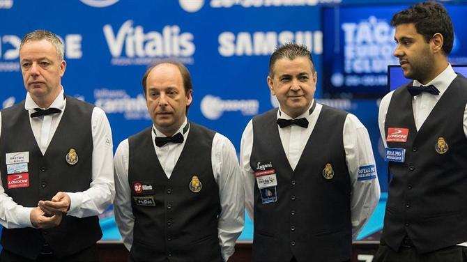 https://www.abola.pt//img/fotos/ABOLA2015/SNOOKER/teamfcp.jpg
