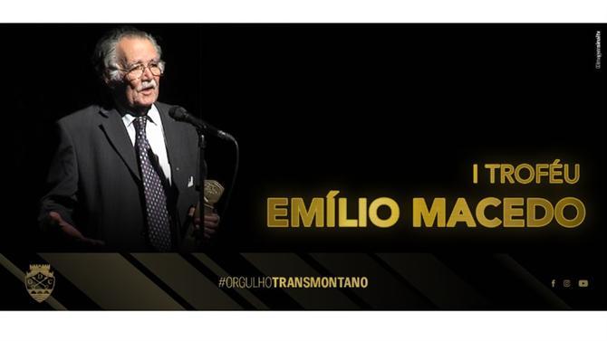 https://www.abola.pt//img/fotos/ABOLA2015/emilio.jpg
