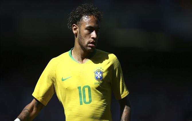 https://www.abola.pt//img/fotos/abola2015/FOTOSAP/BRASIL/2017/Neymarcroacia.jpg