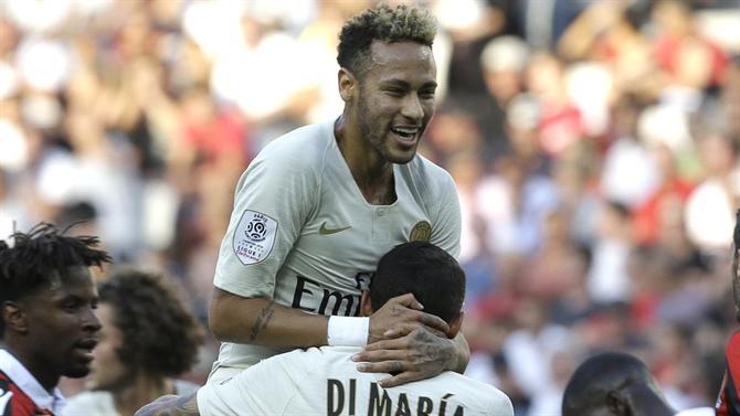 A BOLA - Neymar revela que o número 10 lhe foi atribuído por Scolari ... b20f127e8a09c