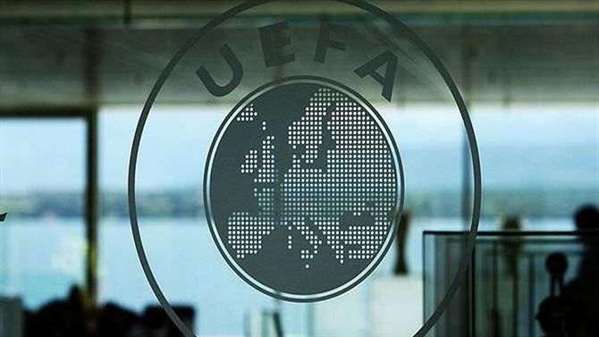 https://www.abola.pt//img/fotos/abola2015/GENERICAS/2017/uefa1.jpg