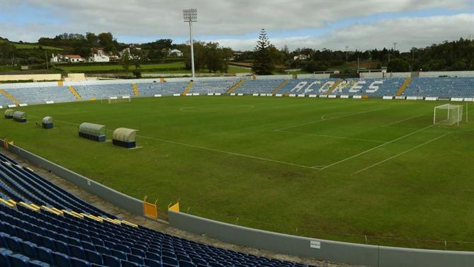 https://www.abola.pt//img/fotos/abola2015/SANTACLARA/2019/estadio1.jpg