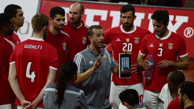 https://www.abola.pt//img/fotos/abola2015/VOLEIBOL/2019/Benfica20192.jpg