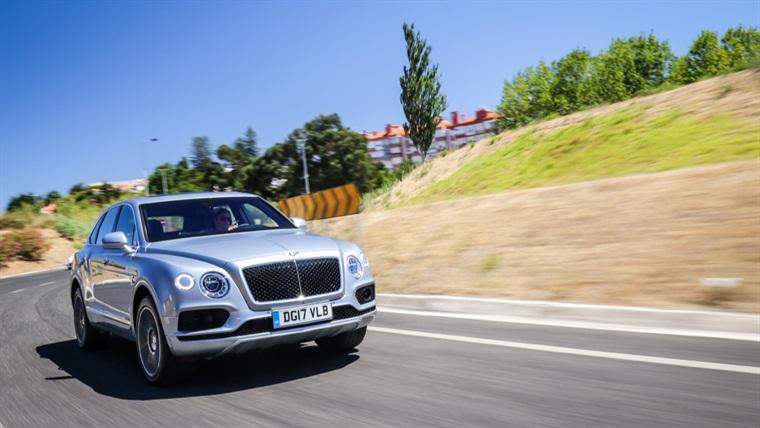 0face93c0 Autofoco - Bentley Bentayga V8 D Auto (TESTE)