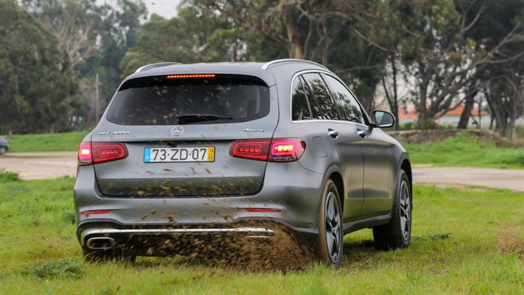 mercedes-benz glc 300 d