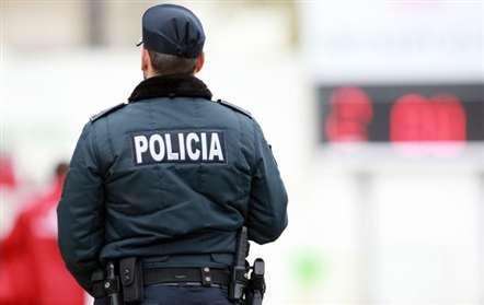 Autoridades confirmam que um dos detido no aeroporto de Lisboa apresentava ferimentos ligeiros