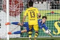 Aubameyang bisa em vitória tranquila com o Benfica no horizonte
