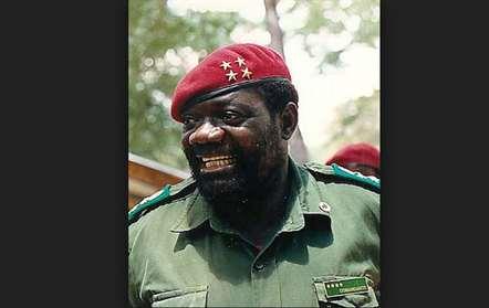 Savimbi morreu quando se preparava para lançar contactos com o MPLA – UNITA