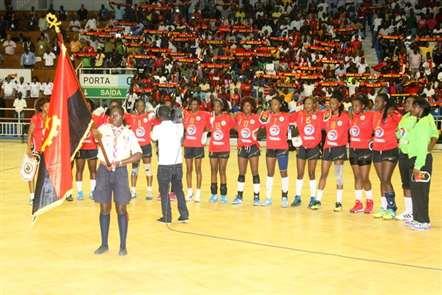Seleção feminina de andebol no grupo A do campeonato africano