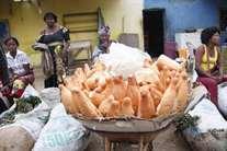 Pão começa a desaparecer da lista de compras de muitas famílias