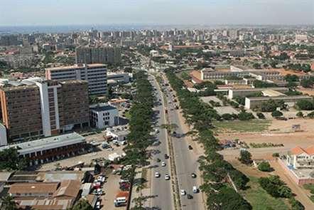 Angola prevê emissão de 1.800 M€ de dívida pública indexada à taxa de câmbio em 2017