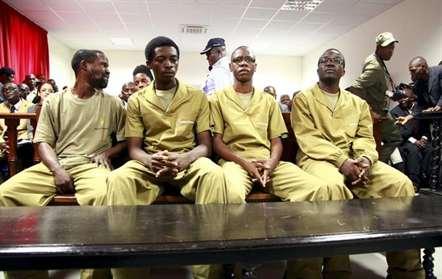 Ativistas angolanos libertados esta quarta-feira