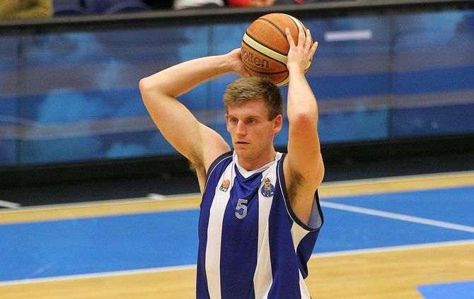 Bradley Tinsley esteve em destaque pelo FC Porto