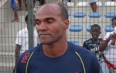 Treinador do Desportivo dedica título às vítimas do massacre de Monte Tchota