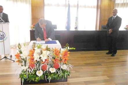 Carlos Veiga empossado novo embaixador nos EUA