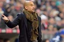 «Guardiola terá de adaptar-se para ter sucesso aqui» – Hiddink