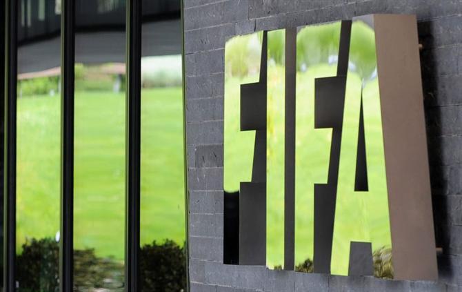 https://www.abola.pt/img/fotos/ABOLA2015/FOTOSAP/FIFA/2017/fifa3.jpg