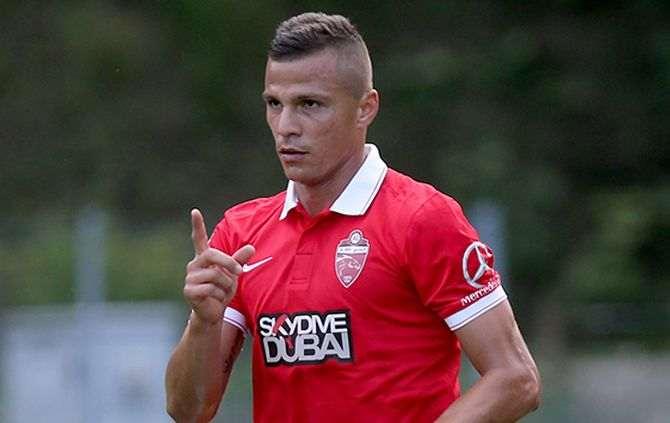 Lima deixou o Benfica para representar o Al Alhi