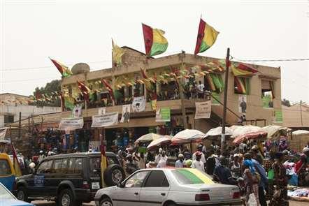 Missão da Africa Ocidental quer mediar impasse político