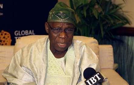 Antigo presidente da Nigéria pede solução política para fim da crise