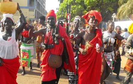Grupo 'Netos de Bandim' vence desfile de Carnaval de Bissau