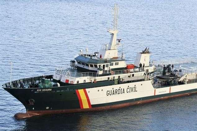 Navio Rio Segura, da Guarda Civil espanhola, já chegou a Bissau para ajudar na formação da Guarda Costeira guineense