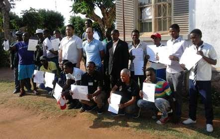 Catorze treinadores de voleibol formados em Manica
