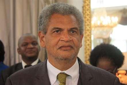 Presidente da República exonera Ministro dos Recursos Minerais e Energia