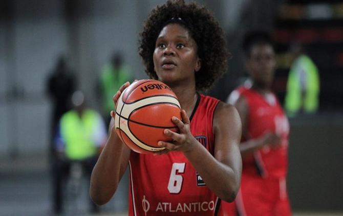 https://www.abola.pt/img/fotos/ABOLA2015/MOCAMBIQUE/basquetebol/2017/LEIA.jpg