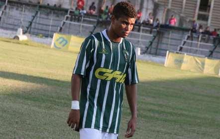 Regresso de Nelito aos golos e primeira derrota da Liga Desportiva em destaque na 7.ª jornada