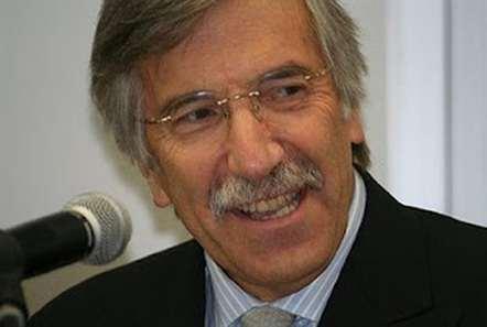 Bragança Fernandes eleito líder da distrital do PSD/Porto