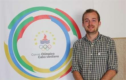 Comité Olímpico acolhe voluntário francês para promover francofonia