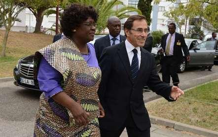 Primeira-dama vai liderar organização feminina da Frelimo