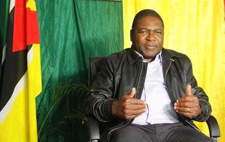 Nyusi convida empresários do Botswana a investirem em Moçambique