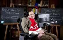 Stephen Hawking, físico britânico