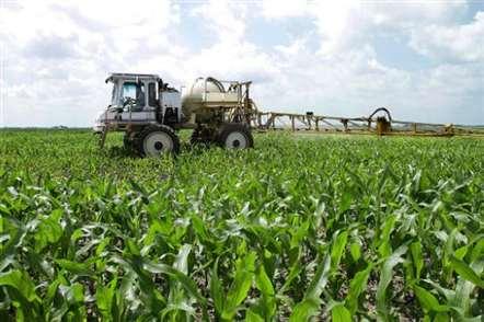 Subsídios para agricultura e pescas analisados por equipa económica