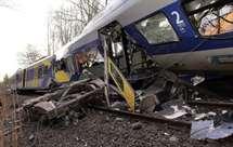 Aumentam para dez os mortos pelo choque de comboios na Baviera