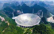 Radiotelescópio com 500 metros de diâmetro procura vida extraterrestre