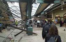 Comboio choca contra plataforma em Nova Jérsia e faz um morto e uma centena de feridos (vídeo)