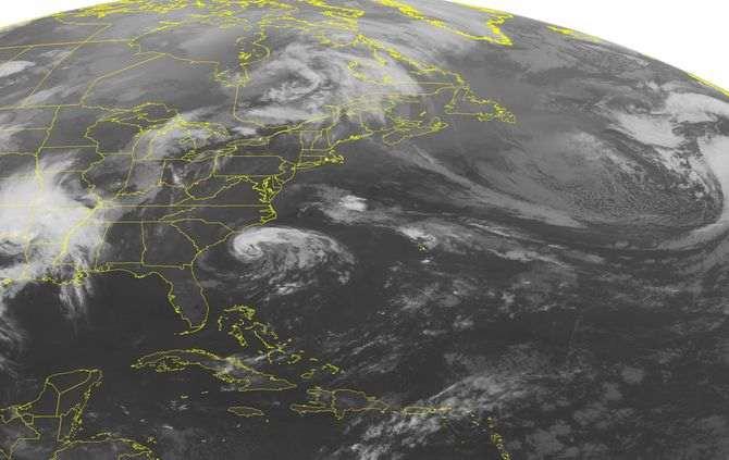 Tempestade Ana poderá atingir costa marítima dos estados da Carolina do Norte e do Sul