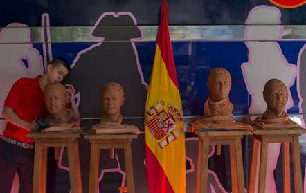 Partido Popular de Mariano Rajoy  vence eleições, novamente sem maioria absoluta