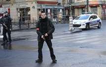 A polícia capturou o jovem em Paris (Foto AP)