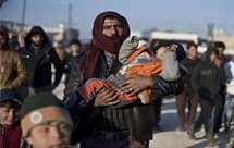 Milhares de sírios fogem de Aleppo após ataque russo