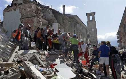 Sobe para 291 número de mortos no sismo no centro do país